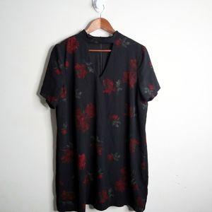 ✨NWOT✨ Black Tape Floral Midi Dress
